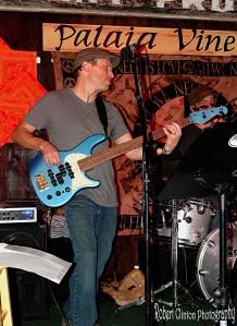 Gregg Van Gelder Bassist